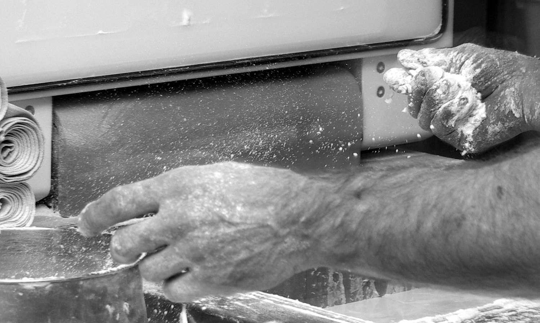mains et farine